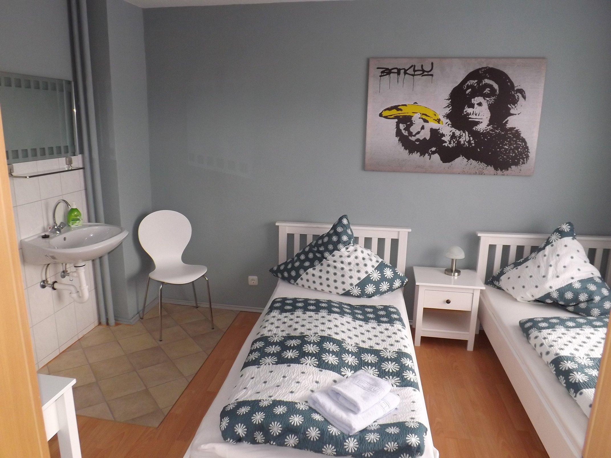 Vierbettzimmer Zimmer 2